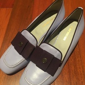 Ladies lavender shoes with bow size 37